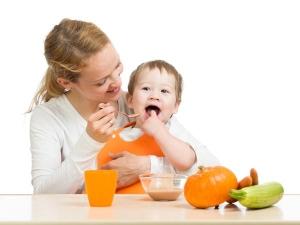 Seven Foods To Wean Baby From Breast Milk