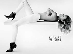 Gisele Bundchen Topless In Shoe Advertisement