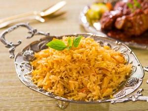 Mashkoul Rice With Onions Recipe For Ramzan