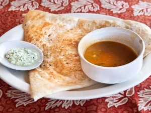 Healthy Oats And Coconut Dosa Recipe