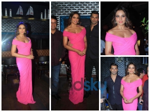 Bipasha Looks Hot In Pink Plunging Gown