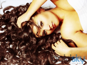 Effective Remedies To Get Soft Hair