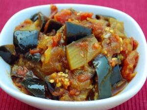 Curry Treat: Brinjal & Tomato Recipe