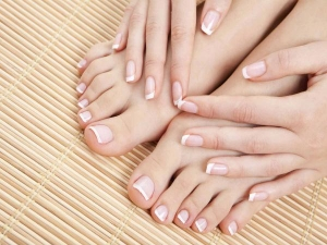 8 Easy Ways To Prevent Brittle Nails