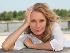 Ways To Get Glow On Face After Menopause
