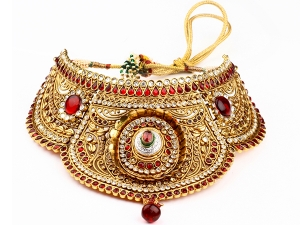 Must Have Jeweleries For Women