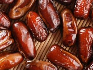 7 Reasons To Include Dates In Your Diet