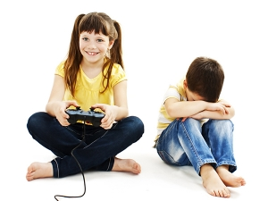 Facts On Why Its Annoying To Be The Younger Sibling