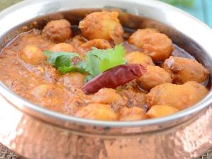 Special Aloo Gravy Recipe For Karwa Chauth