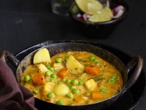 Delicious Vegetable Navrathna Korma Recipe