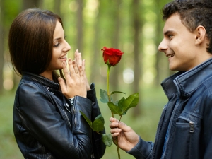 Rose Day: How To Give A Rose To A Girl