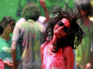 Skin Care Tips Before Holi Celebration