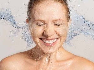 How Many Times Should You Wash Your Face In A Day