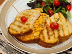 Quick Macaroni And Cheese Sandwich Recipe