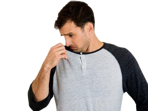 Four Easy Grooming Tips For Men To Smell Great Naturally