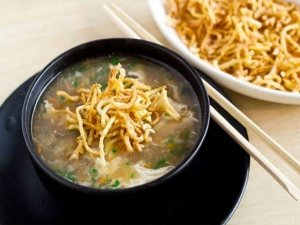Spicy Indo Chinese Manchow Soup Recipe