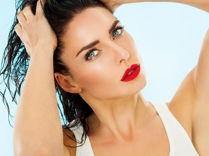 How Get Dewy Skin Using Makeup