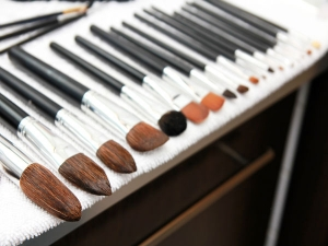 How To Make Your Makeup Brush Last Longer