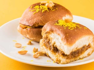 Dabeli Special Indian Burger