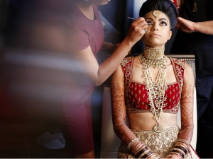 Essentials For An Indian Bride S Wedding Trousseau
