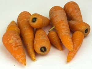 Why You Must Not Eat Baby Carrots