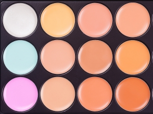Your True Guide To Colour Correcting Like Pro