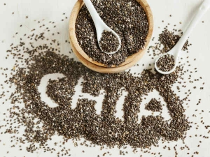 Why You Should Eat Chia Seeds Every Day And How To Use It