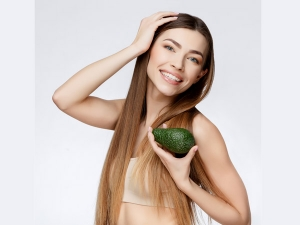 Why You Should Apply Avocado To Your Hair