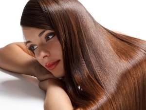 Important Hair Care Essentials Every Woman Should Own
