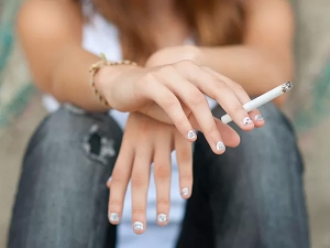 Smoking May Cause Bone Degeneration In Youngsters