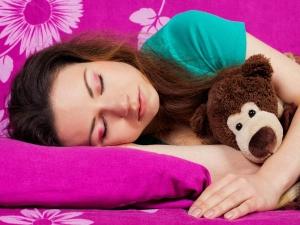 Sleep More To Eat Less