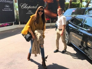 Hotshot Deepika In Her Coolest Attire Enters Cannes