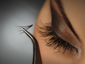 Everything You Need To Know About Lash Extensions