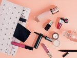 Quick Fix Beauty Tools And Makeup Cosmetics That You Must Always Carry In Bag