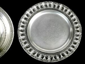 Benefits Of Eating In Silver Vessels