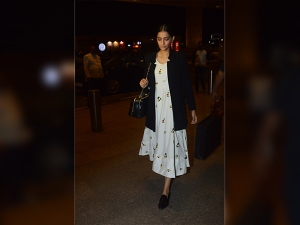 Sonam Kapoor Wearing Rheson Gives You Airport Style Goals