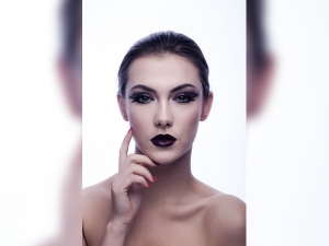 Make Your Face Look Thin With These Makeup Tips