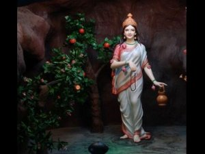 The Goddess Of The Second Day Brahmacharini