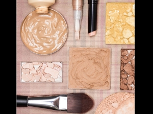 Diy Bronzer At Home With Cocoa Nutmeg And More