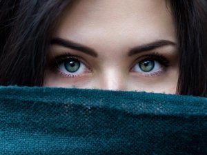 Ten Anti Aging Eye Masks You Can Easily Make At Home