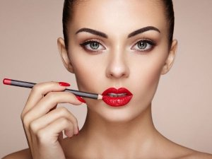 Tips For Long Lasting Makeup
