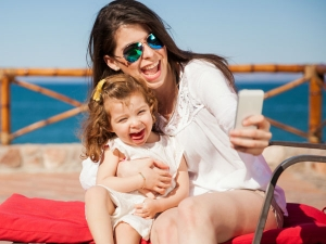 Three Habits Aid Mothers In Living Happier And Longer