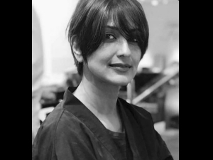 Sonali Bendre S New Look Chemotherapy Hair Loss Tips