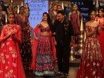 Janhvi Kapoor Debut Ramp Walk Nachiket Barve At Lfw