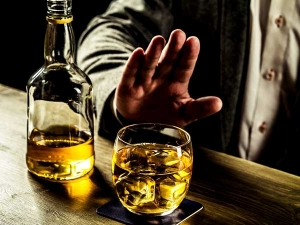 Eight Things That Happen To Your Body When You Quit Alcohol