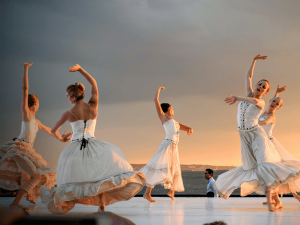 Reasons Why Dancing Is Good For Your Health