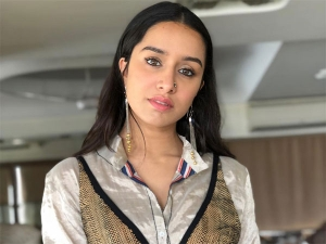 Shraddha Kapoor Glams Up Her Pantsuit With Textured Addition