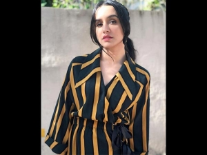 Shraddha Kapoor Stripes Dress Batti Gul Meter Chalu Promotions