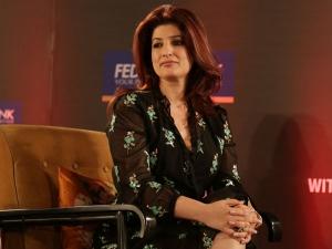 Twinkle Khanna Dress At The Ficci Flo Event