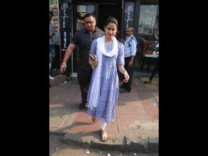 Janhvi Kapoor Traditional Suit Photoshoot